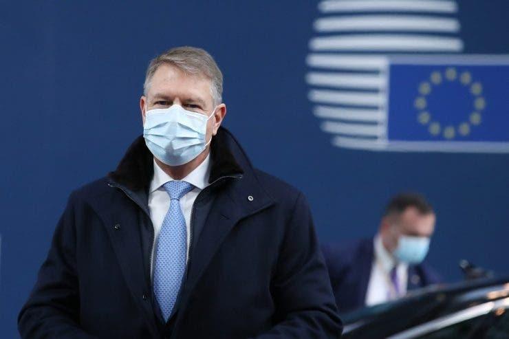 "Klaus Iohannis terminat cu pandemia"""