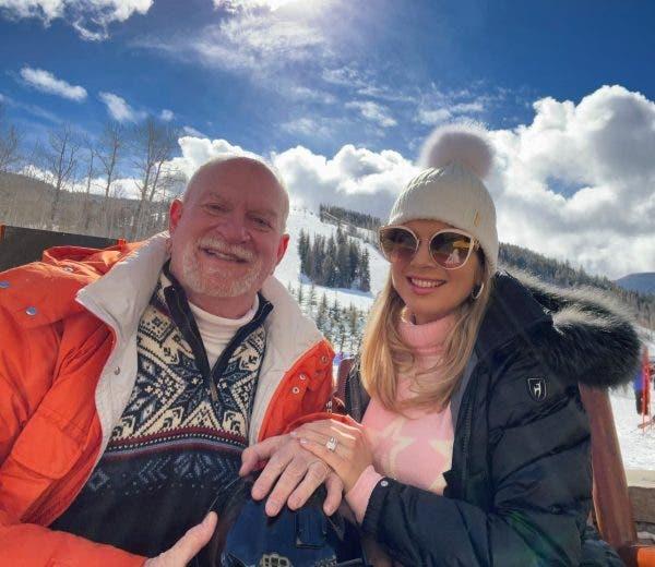 Românca măritată cu milionarul care deţine Statuia Libertăţii, declarații uluitoare! Cum e viața alături de american