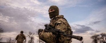 """Rusia și-a mobilizat trupele la frontiera cu Ucraina! UE: """"Desfăşurarea cea mai masivă la care am asistat vreodată"""""""