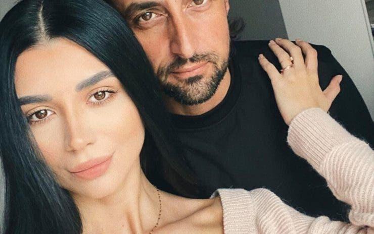 Denis Ștefan va fi tată de fată pentru a doua oară! Soția actorului a dezvăluit sexul bebelușului