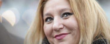 Diana Șoșoacă, enervată la culme.