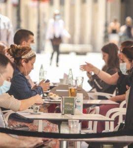 Noi propuneri de relaxare pentru 1 iunie! Ce avantaje vor avea vaccinații