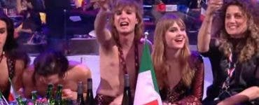 Imagini uluitoare devenite virale! Italianul care a câștigat Eurovisionul a fost filmat în timp ce trăgea pe nas VIDEO