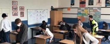 Ce se întâmplă cu elevii din clasele terminale? Când se întorc la școală
