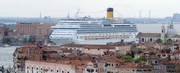 Veneția ar putea fi pusă pe lista orașelor aflate în pericol