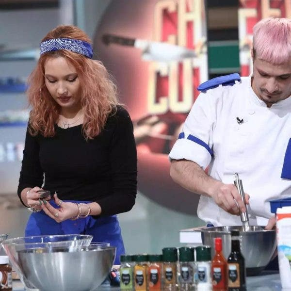 """Cum arată iubita lui Keed de la """"Chefi la cuțite""""! Aceasta a gătit alături de el în semifinală: """"E cel mai frumos om pe care îl cunosc"""""""