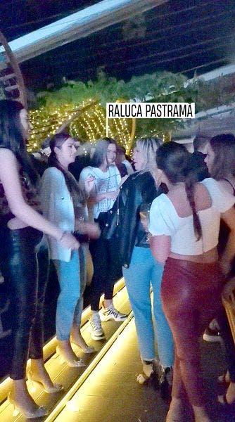 """Raluca Pascu a ieșit la """"agățat"""", după ce Pepe și-a asumat noua relație! Cum a fost surprinsă bruneta"""