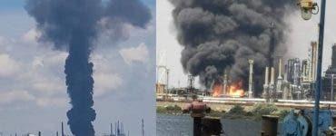 Zeci de pompieri s-au luptat cu Explozia din Petromidia