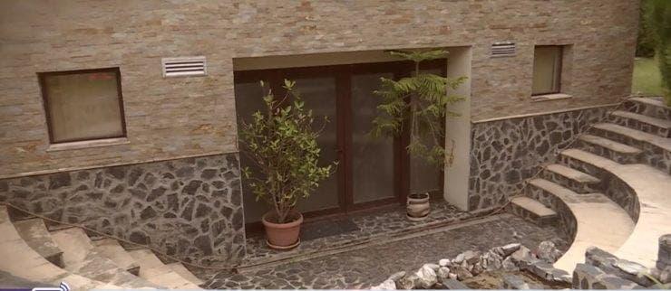 Cum arată vila lui Mugur Mihăescu! Actorul a atins succesul pornind de jos