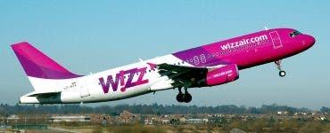 Zeci de români au rămas pe un aeroport din Barcelona după ce compania WizzAir a vândut mai multe bilete decât locuri