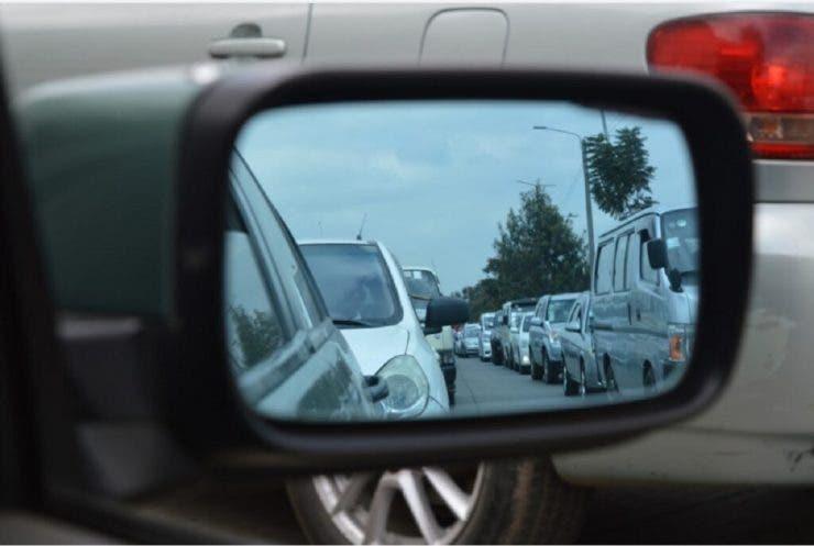 Amenzi usturătoare pentru șoferii care fac acest gest! Trebuie evitat orice ar fi