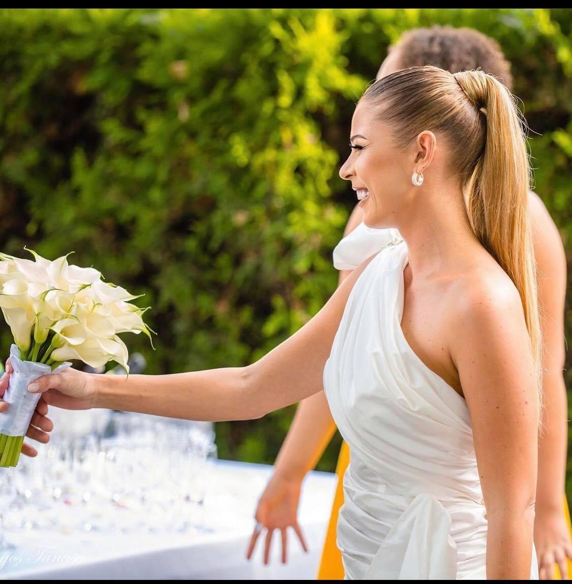 Ce critici a primit Roxana Nemeș după nuntă! Internauții îl consideră prea bătrân pe partenerul ei