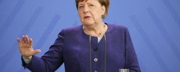 Cum arată Angela Merkel în costum de baie! Au apărut fotografii rare cu liderul german