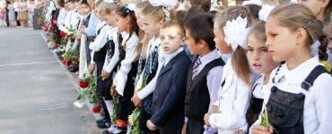 Cum au arătat copiii vedetelor în prima zi de școală. Emoțiile au fost imense