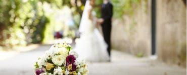 Nu s-au prezentat la nuntă, dar au primit o factură de la mireasă pentru locurile ținute ocupate