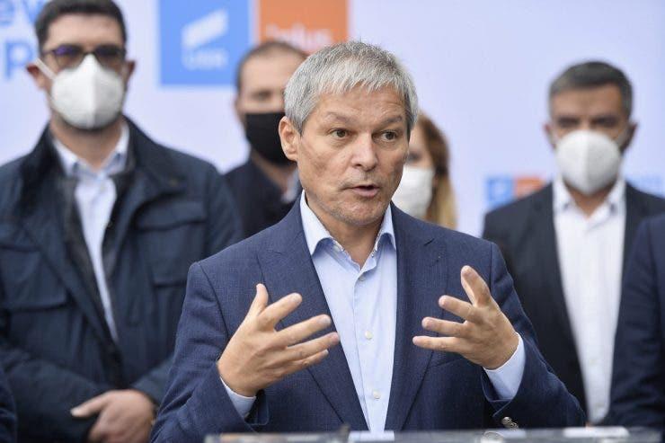 Ce avere are Dacian Cioloș, premierul desemnat al României și noul președinte al USR