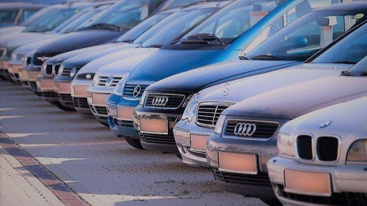 O femeie din Capitală și-a luat o țeapă de peste 27.000 de euro după ce a cumpărat o mașină din străinătate